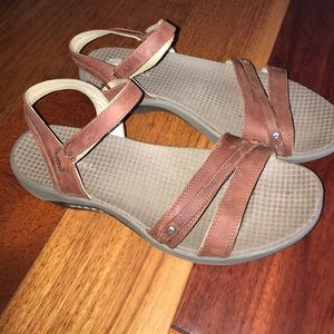 Merrell Sandals Brown Coffee Bean Strappy